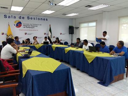 Foto-boletín-reunión-galápagos