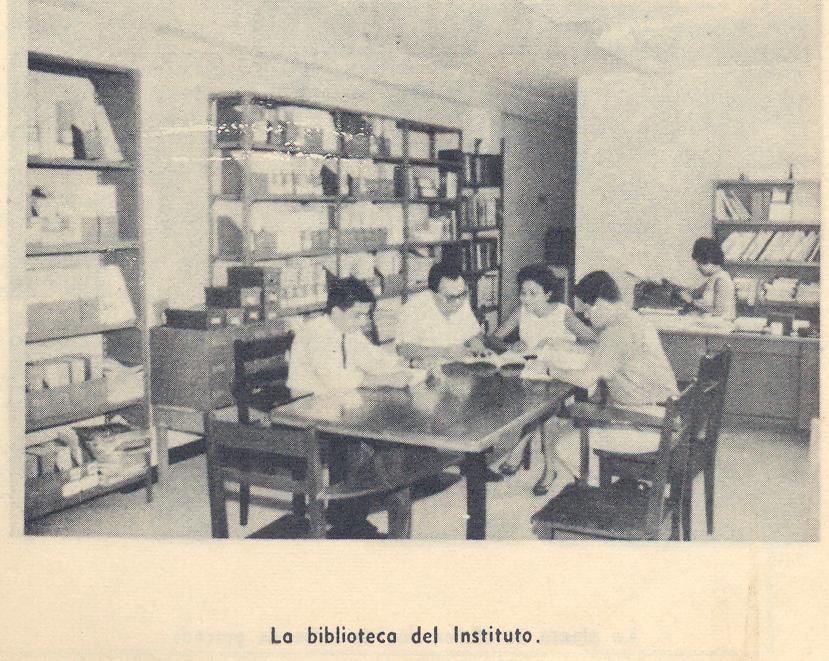 """La biblioteca """"Dra. Lucía Solórzano Constantine"""" ha prestado servicios desde 1961."""