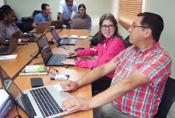 El científico chileno Christian Canales, PhD. visitó el Ecuador para dictar un importante taller en las instalaciones del INP